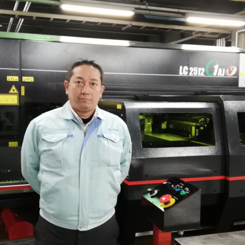 導入されたレーザー加工機